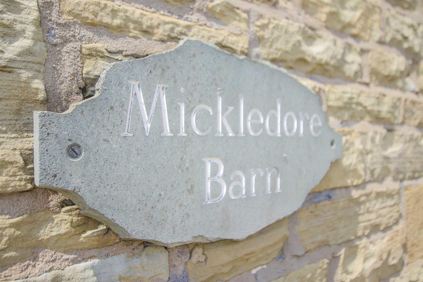 4 Bedroom Barn Conversion For Sale - p033135_35.jpg